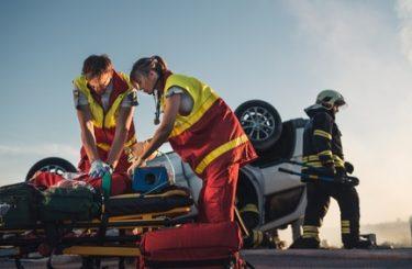 Verkehrsunfall - Mitverschulden eines auf der Autobahn an einer Unfallstelle verletzten Unfallhelfers