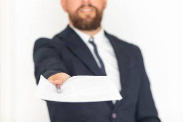 Zustellung einer einstweiligen Verfügung – Wirksamkeit und Wahrung der Vollziehungsfrist