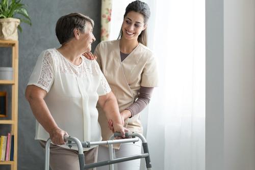 Haftung Pflegeheimbetreiber - Pflichten zur Verhinderung von Stürzen der Heimbewohner