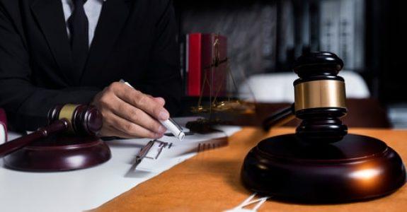 Prüfungsumfang des Berufungsgerichts bzgl. der Sachverhaltsfeststellung des Erstgerichts