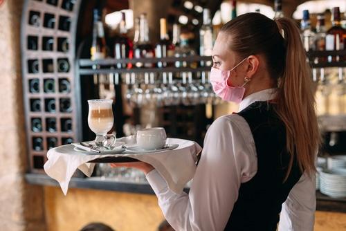 Betriebsverbot für Gaststätten wegen Corona-Pandemie im Saarland
