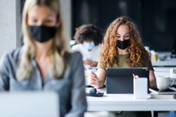 Corona-Pandemie – Mindestabstand für Sprachschulen