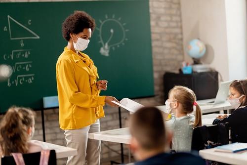 Corona - Quarantäneanordnung für Lehrer als Kontaktperson der Kategorie I