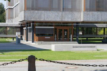Kontaktdatenerfassung von Gerichtsbesuchern verstößt nicht gegen den Grundsatz der Öffentlichkeit
