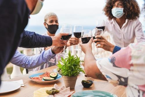 Corona-Pandemie - Beschränkung des Teilnehmerkreises an privaten Feiern