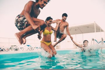 Schwimmbadbesucher – Schutz von Springern bei Nebeneinander von Sprung- und Schwimmbetrieb