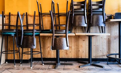 Betriebsverbot für gastronomische Einrichtungen und Beherbergungsverbot zu privaten Zwecken