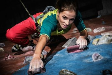 Kletterunfall an Kletterfelsen – Haftung eines Kletterers bei einem Sturz auf den Sichernden
