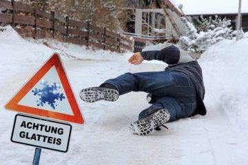 Glatteisunfall – Übertragung des Winterdienstes auf Grundstückseigentümer und Besitzer