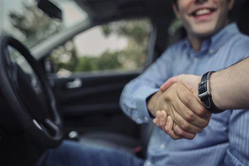 Rücktritt Fahrzeugkaufvertrag wegen nicht offenbarten Diebstahlschaden