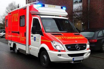 Verkehrsunfallhaftung – Umsetzen eines den Weg versperrenden Rettungswagens