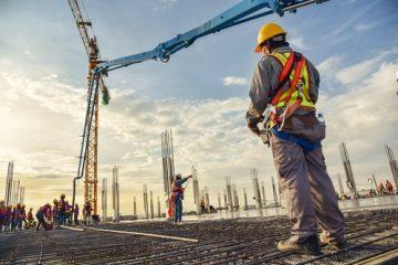 Benutzungsrecht am Nachbargrundstück – Hammerschlags- und Leiterrecht – Baukran
