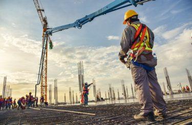 Benutzungsrecht am Nachbargrundstück - Hammerschlags- und Leiterrecht - Baukran
