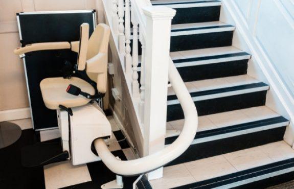 Treppenlift - Lieferung und Montage - Werklieferungsvertrag