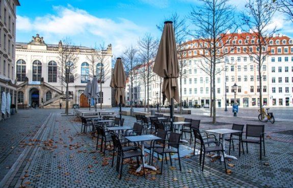 Corona-Pandemie - Keine Öffnung von Geschäften und Märkten in Sachsen