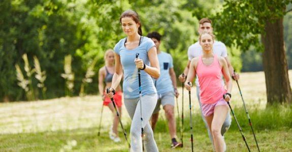 Haftung für Verletzungen bei gemeinsamem Nordic Walking