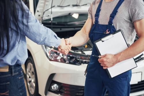 Zweistufiger Fahrzeug-Reparaturvertrag -
