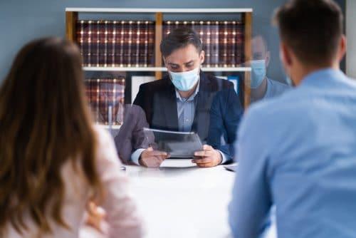 COVID-19 Pandemie - Aussetzung Umgangsverfahren