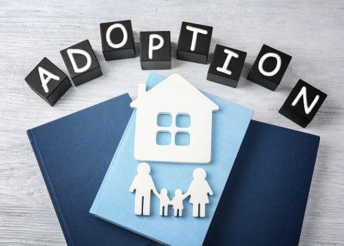 Adoption minderjähriges Kindes durch Ehepaar oder Ehegatten
