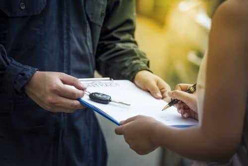Fahrzeugkaufvertrag - Schadenersatz bei Nichterfüllung durch Verkäufer