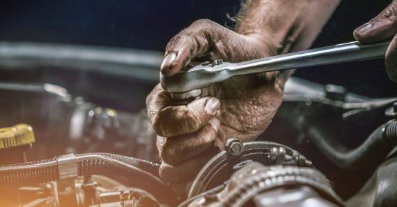 Rücktritt vom Fahrzeugkaufvertrag wegen Getriebegeräuschen