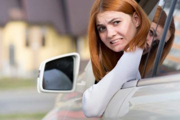 Parkplatzunfall – allgemeiner Erfahrungssatz – Rückwärtsfahrende hat Sorgfaltspflicht verletzt