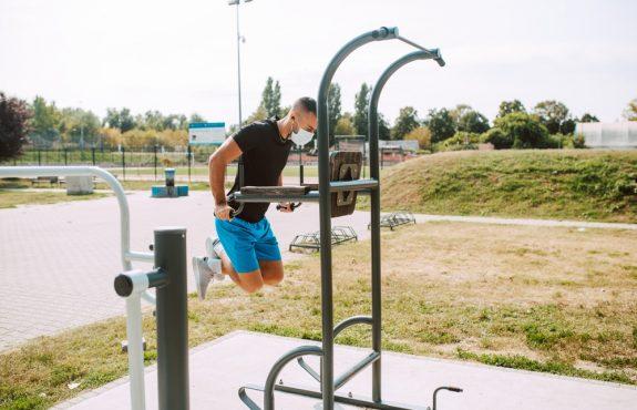 Corona-Pandemie - Schließung Outdoor-Fitnessstudio