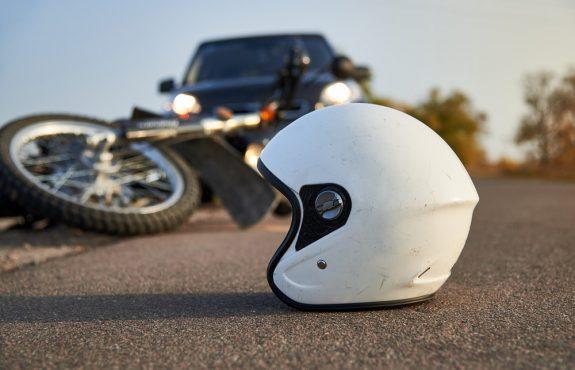 Verkehrsunfall - Schmerzensgeldanspruch bei Motorradunfall mit Polytrauma