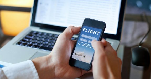 Fluggastrechte bei Flugverspätung - Ausgleichsanspruch bei Buchung über Firmenportal