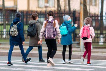 Untersagung der Anordnung zum Tragen einer Mund-Nasen-Bedeckung auf Schulgelände