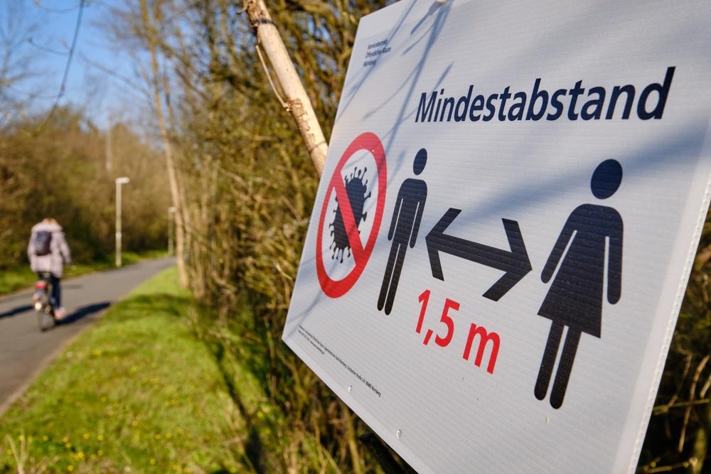 Verfassungsmäßigkeit CoronaVO Baden-Württemberg – gemeinsamer Aufenthalt – Mindestabstand