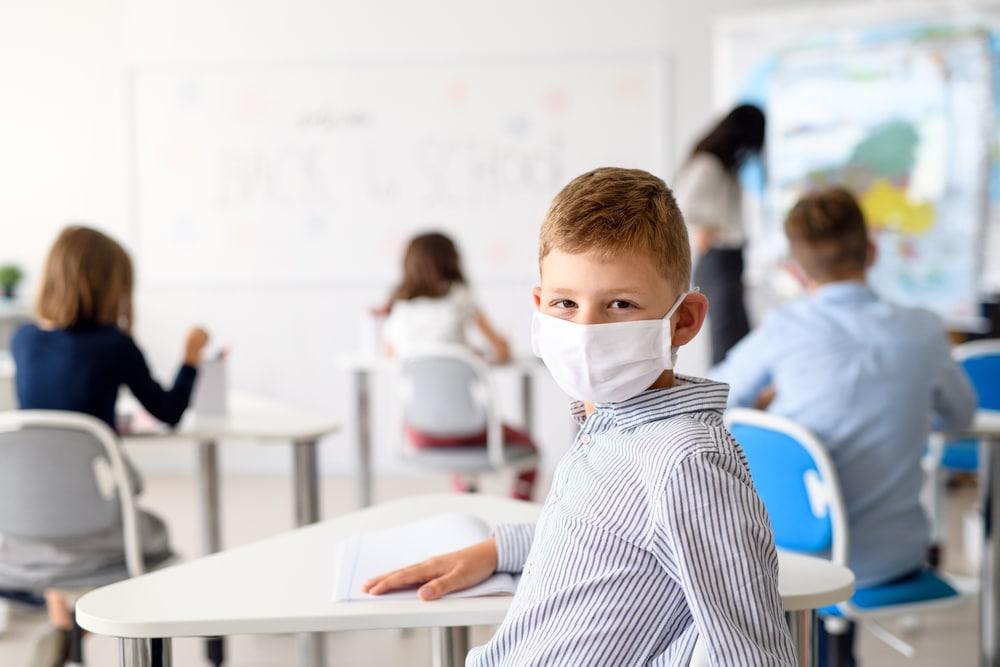 Corona- Überprüfung infektionsschutzrechtlicher Maßnahmen an Schulen durch Familiengericht?