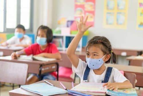 Voraussetzung Präsenzunterricht und Maskenpflicht an Grundschulen - Corona-Pandemie