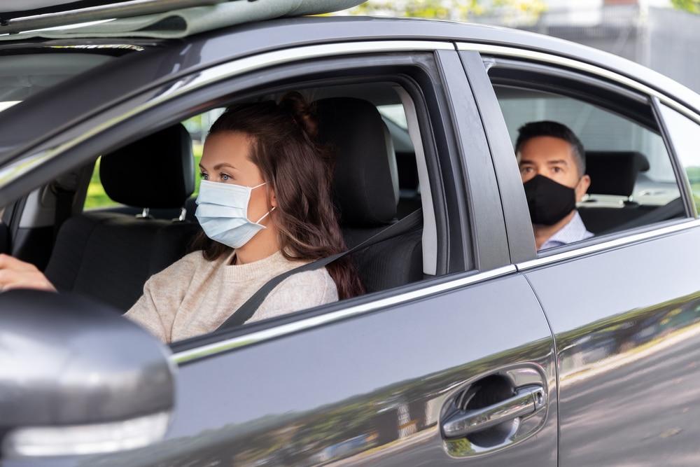 Maskenpflicht für Fahrzeugführer bei beruflichen Fahrgemeinschaften?