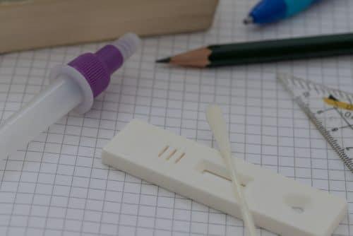 Corona-Pandemie - Testpflicht an Schulen