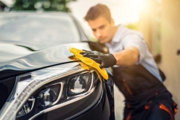 Verkehrsunfall – Erstattungsfähigkeit einer Fahrzeugwäsche