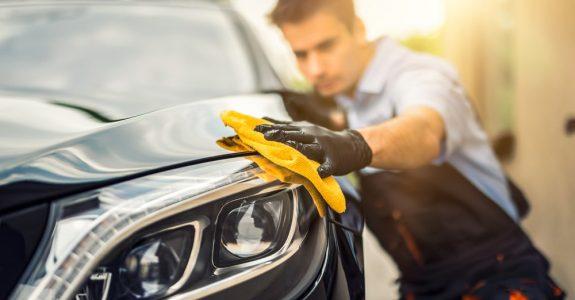Verkehrsunfall - Erstattungsfähigkeit einer Fahrzeugwäsche