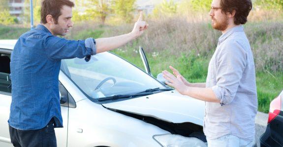 Verkehrsunfall - Anforderungen an Feststellung eines manipulierten Unfallereignisses