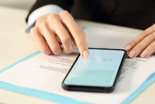 Mobilfunkvertrag - Schadenersatzanspruch nach außerordentlicher Kündigung