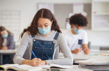 Verpflichtung zum Tragen Mund-Nase-Bedeckung in Schule