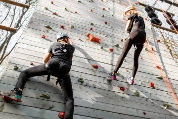 Vorläufiger Rechtsschutz gegen coronabedingte Schließung von Klettergärten und Kletterparks