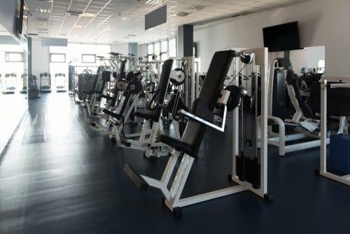 Vorfälligkeitsklausel eines Fitnessstudios - unangemessene Benachteiligung