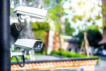 Unterlassungs- und Beseitigungsanspruch für Überwachungskameras auf Privatgrundstück