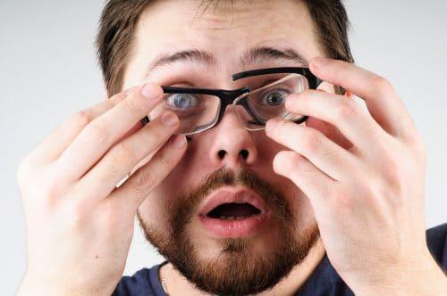 Brillenbeschädigung - Schadensersatz bei abweichenden Dioptrienwerten