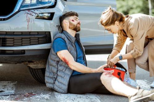 Verkehrsunfall mit Personenschaden – Verschulden von Pkw-Fahrer und Beifahrer