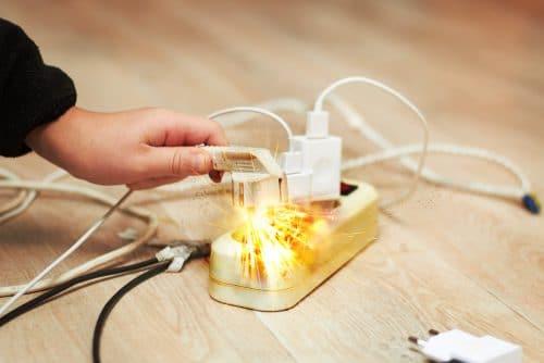 Energieversorgerhaftung wegen Überspannungsschäden an Haushaltsgeräten beim Endverbraucher