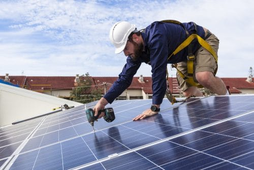 Kaufvertrag über Solaranlage - Fälligkeitszeitpunkt für Inbetriebnahme und Netzanschluss