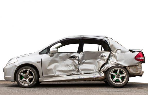 Verkehrsunfall - Ankauf Unfallfahrzeug durch ausländischen Restwertaufkäufer