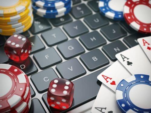 Verbotenes Online-Glücksspiel - Ansprüche des Kreditkarteninhabers gegen Kreditunternehmen