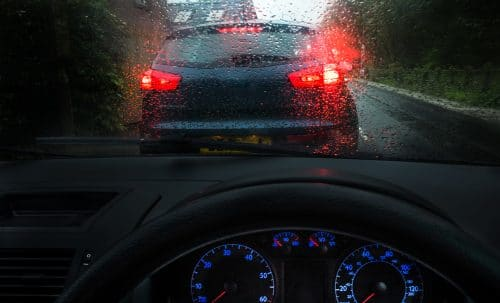 Verkehrsunfall - unklare Verkehrslage durch langsam vorausfahrendes Fahrzeug